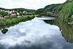 """""""השתקפויות בנהר""""-צרפת"""