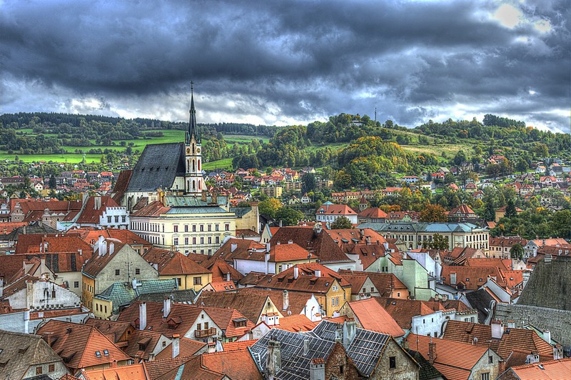 �'��� ������� | �'���  ����  ����  �����  �����  ����� ����    Czech Republic  roofs  houses  church  clouds  town  red  Cesky Krumlov  HDR